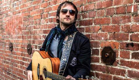 Sunday Live Music - Dustin Saylor